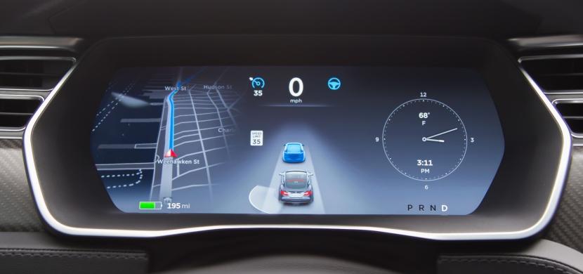 Nezávislý autopilot v autě za nějakou dobu už nebude jen pouhou fikcí!