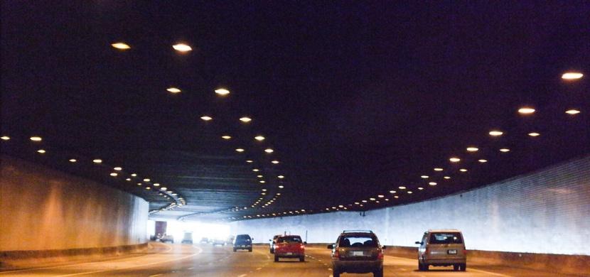 Valil v tunelu na D1 neuvěřitelných 253 km/h. Trest ho ale nečeká