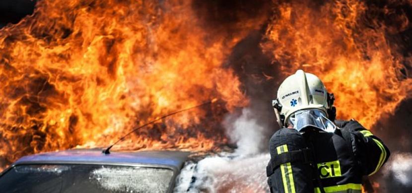 V Česku přibývá stále více požárů aut. Víme proč!
