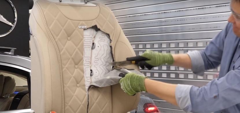 Podívejte se, co je uvnitř sedadla Mercedesu-Benz třídy S. Zvědavý YouTuber ho rozřezal skrz naskrz