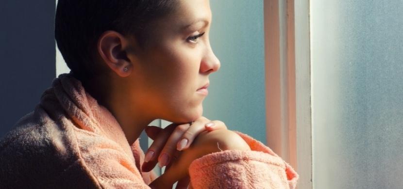 Desatero hlavních příznaků rakoviny, které my ženy velmi často přehlížíme!