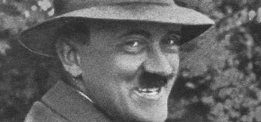 Fotografie, které neměl nikdy nikdo vidět: Sám Hitler je zakázal